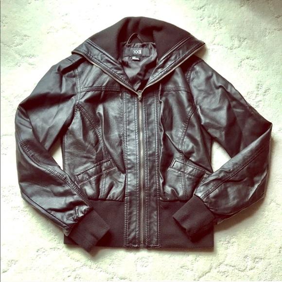 252b50ea8 NWOT Juniors Black (Fake) Leather Zip-Up Jacket
